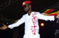 Bobi Wine: Uganda pop star returns to stage after arrest
