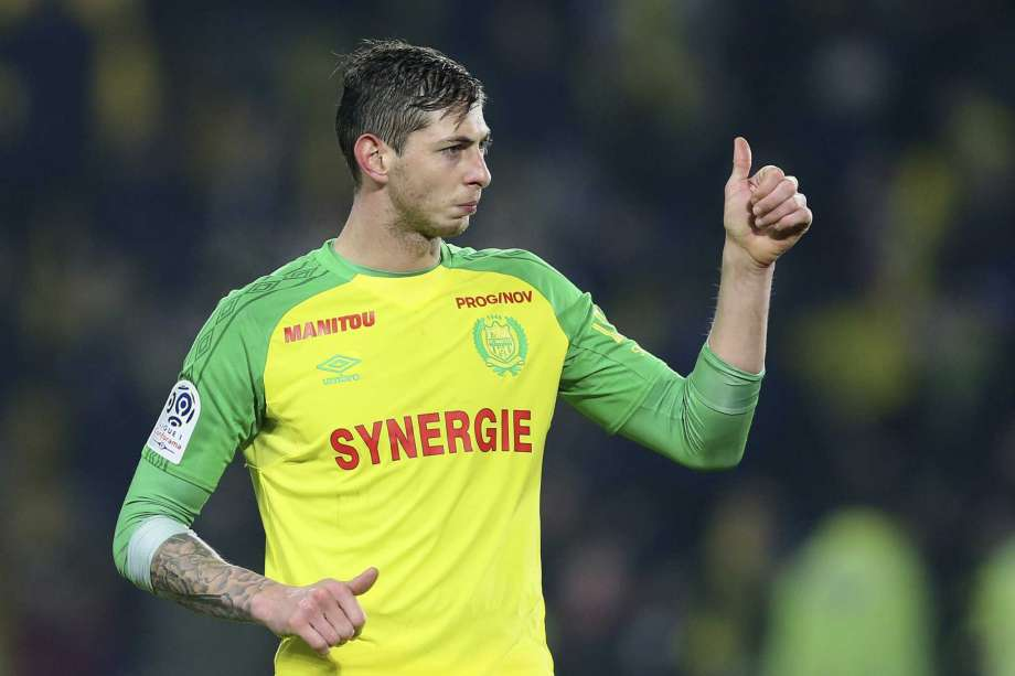 Search for missing footballer Sala suspended amid 'slim' survival chance
