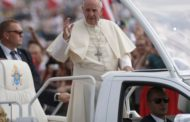 Pope Francis arrives in Panama for Catholic youth festival