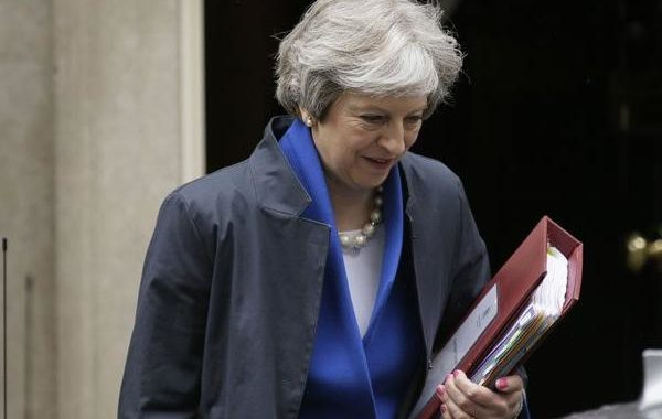 Theresa May to resign as prime minister June 7
