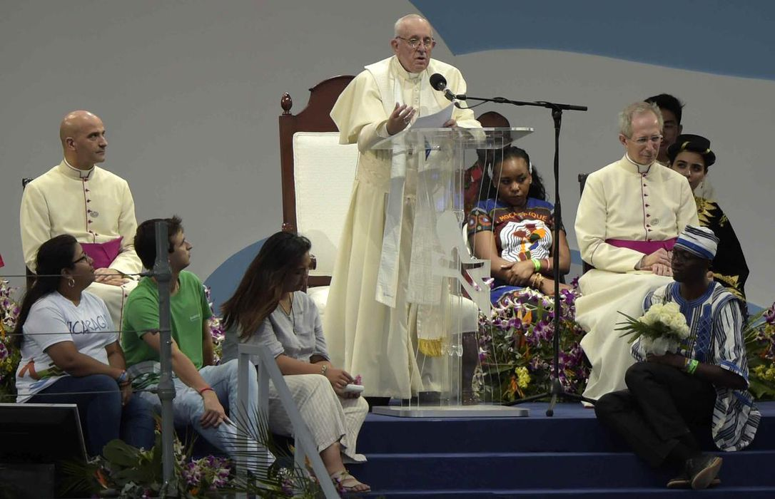 Pope Francis denounces corruption, demands justice in Panama