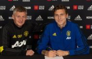 Victor Lindelof: Man Utd defender signs deal to 2024 with option for further year