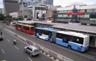 Lady escapes lynching over alleged manhood snatching in BRT bus