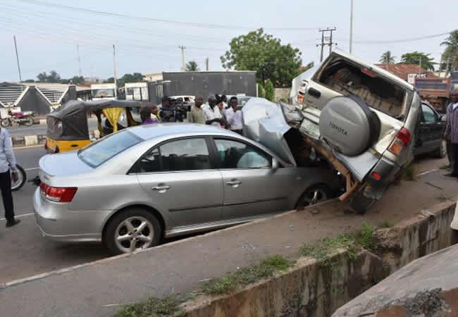 Multiple accident claims 13 lives on Lagos-Ibadan expressway