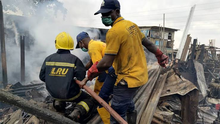 Fire guts Owode-Onirin Market in Lagos, destroys 15 shops