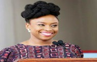 Chimamanda named commencement speaker at graduation of U.S. Varsity